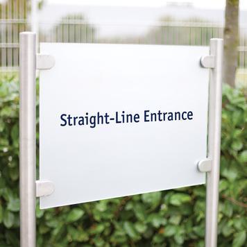 Señal corporativa «Straight-Line Entrance»